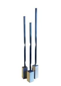 Ljusstakarna i tre olika längder (f.h) 90 cm (M), 80 cm (S) och 100 cm (L).